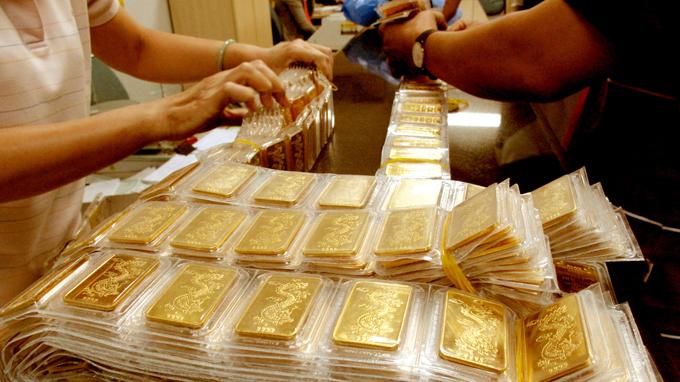 Giá vàng trong nước loạn giá trong dịp nghỉ lễ