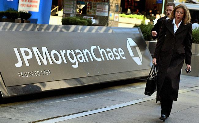 Các chuyên gia JPMorgan hạ dự báo giá vàng 2013
