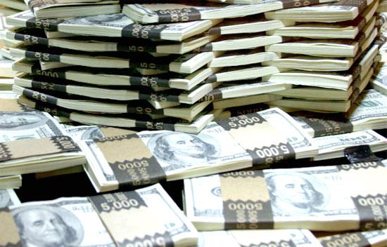Giá USD tự do tháng 5 tăng mạnh