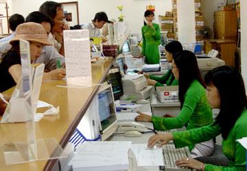 lãi suất huy động tiết kiệm Vitcombank giảm về 6%