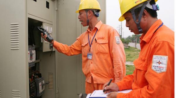 Đề xuất tăng giá điện sản xuất, giảm giá điện sinh hoạt