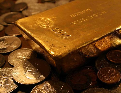Giá vàng thế giới ngày 18/6/2013