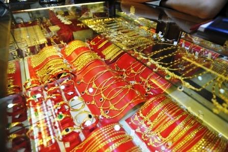 Đấu thầu vàng miếng ngày 1/8/2013