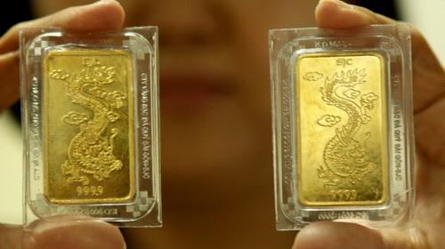 Vì sao vàng đấu thầu luôn bán hết?