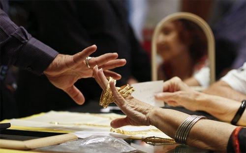 Các ngân hàng và công ty giao dịch vàng ở Ấn Độ đã ngừng nhập khẩu kể từ hôm 22/7
