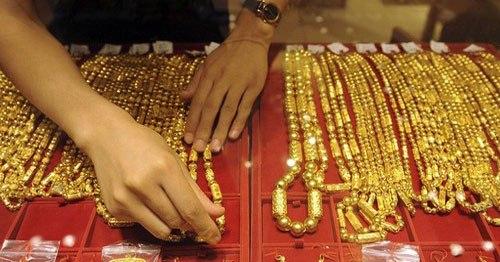 Đặt cược giá vàng xuống giảm 17%