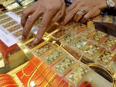 Ngân hàng chỉ được dùng vàng giữ hộ để trả cho dân