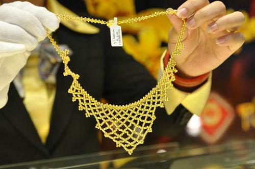 Hai doanh nghiệp đầu tiên được NHNN cấp phép nhập khẩu vàng nguyên liệu