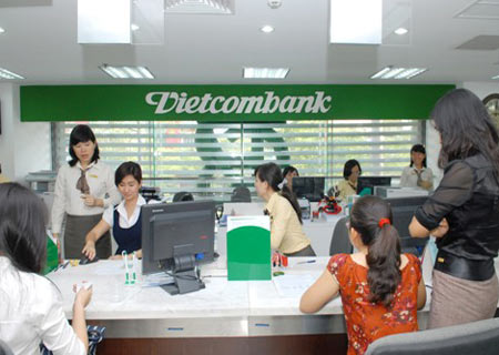 """Vietcombank nhận giải thưởng """" Ngân hàng tốt nhất Việt Nam năm 2013"""""""