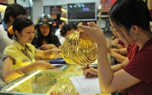 Giá vàng SJC chiều ngày 5/10/2013: Giá vàng giảm 4 tuần liên tục