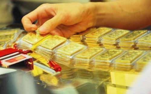 Khách hàng hãy thận trọng với vàng | Có nên mua vàng thời điểm này