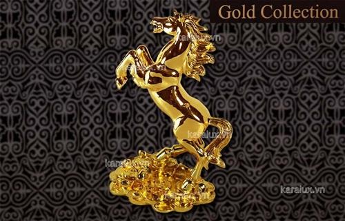 Linh vật ngựa mạ vàng, dát vàng ròng 24K