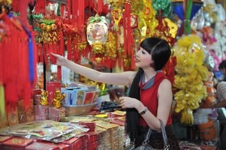 Thị trường hàng Tết, Quà Tết 2014