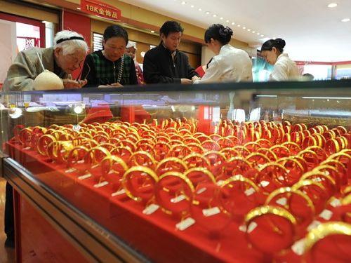 Doanh số bán trang sức vàng Trung Quốc tăng