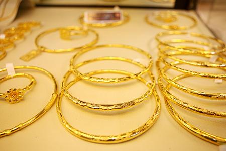 Vàng nữ trang khó xuất khẩu vì thuế |Thị trường Vàng trang sức