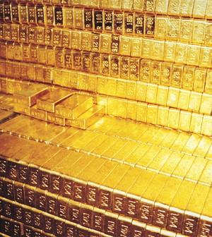 Chiến lược giao dịch vàng ngày 24/2/2014 của một số tổ chức