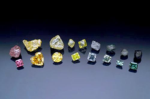 Nhập khẩu đá quý, kim loại quý của Việt Nam giảm mạnh tháng 1/2014