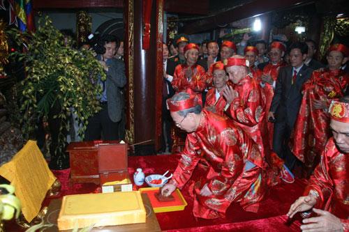 Khai ấn đền Trần Nam Định là gì và bắt nguồn từ đâu|KHAI AN NĂM 2014
