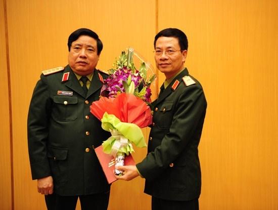 Tiểu sử ông Nguyễn Mạnh Hùng, tân tổng giám đốc Viettel