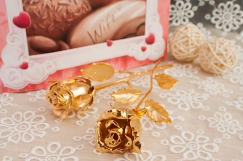 hoa hong dat vang 24k, giá bán hoa hồng mạ vàng