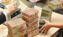 Lãi suất ngân hàng tháng 6/2014: Bí đầu ra, ngân hàng hạ tiếp lãi suất huy động