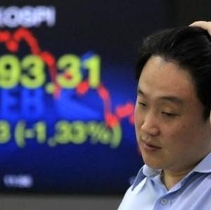 Chứng khoán châu Á giảm do lo ngại tình hình kinh tế châu Âu