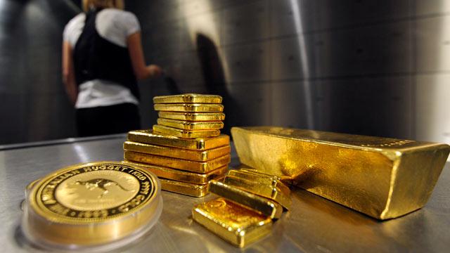 Vàng chật vật nhích nhẹ trước khi Fed bắt đầu cuộc họp