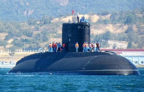 Tàu ngầm thông thường Hà Nội HQ 182 lớp Kilo của Hải quân Việt Nam, mua của Nga (ảnh minh họa)