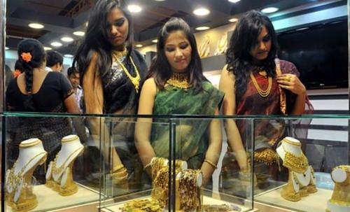 Ấn Độ đề xuất dành 20% lượng vàng bán ra thị trường cho những người chơi nhỏ