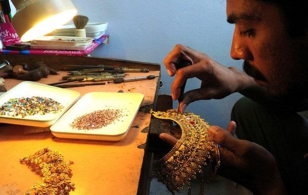 Người dân Trung Quốc và Ấn Độ mua vàng trở lại