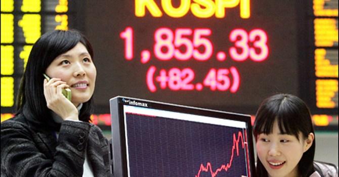 Chứng khoán châu Á tăng điểm nhờ động thái cắt giảm lãi suất từ Trung Quốc
