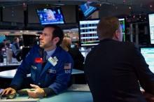 Chứng khoán Mỹ tiếp tục rớt điểm do cổ phiếu ngành Công nghệ giảm