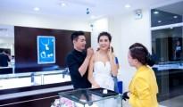 Giá vàng SJC tại PNJ ngày hôm nay| Gia vang sang nay tai HCM Da Nang