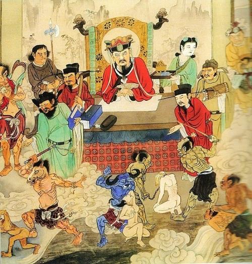 Theo truyền thuyết dân gian, Diêm Vương cai quản địa ngục sẽ mở cửa Quỷ môn quan tháng 7 hàng năm.