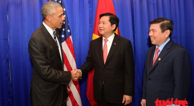 tong-thong-obama-gap-bi-thu-thang-va-noi-chuyen-voi-doanh-nghiep-vn