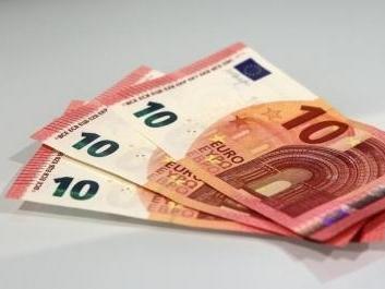 dong-euro-giao-dong-manh-me