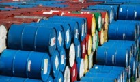 Giá dầu tiếp tục được tăng cường do sự suy yếu của đồng USD