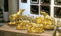 Những mẫu tượng trâu mạ vàng đẹp nhất được chế tác bởi nghệ nhân VN